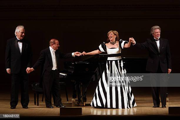 The mezzosoprano Frederica von Stade giving her New York farewell concert at Carnegie Hall on Thursday night April 22 2010 This imageFrom left...