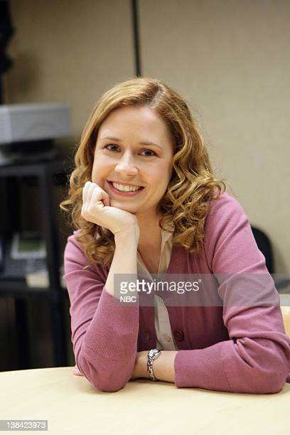 THE OFFICE 'The Michael Scott Paper Company' Episode 21 Pictured Jenna Fischer as Pam Beesly