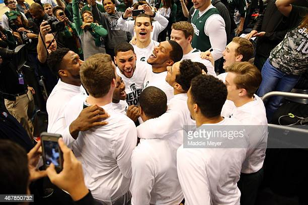 The Michigan State Spartans react in a huddle before the game against the Oklahoma Sooners during the East Regional Semifinal of the 2015 NCAA Men's...