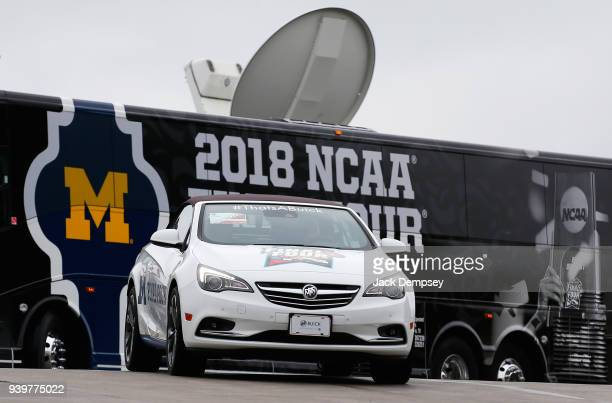 The Michigan Wolverines arrives during Media Day for the NCAA Photos via Getty Images Men's Final Four at the Alamodome on March 29 2018 in San...