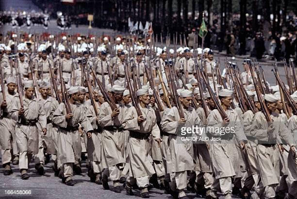 The Military Parade Of July 14Th 1989 France Paris période 19561958 Le défilé du 14 juillet sur l'avenue des Champs ElyséesLe régiment des...
