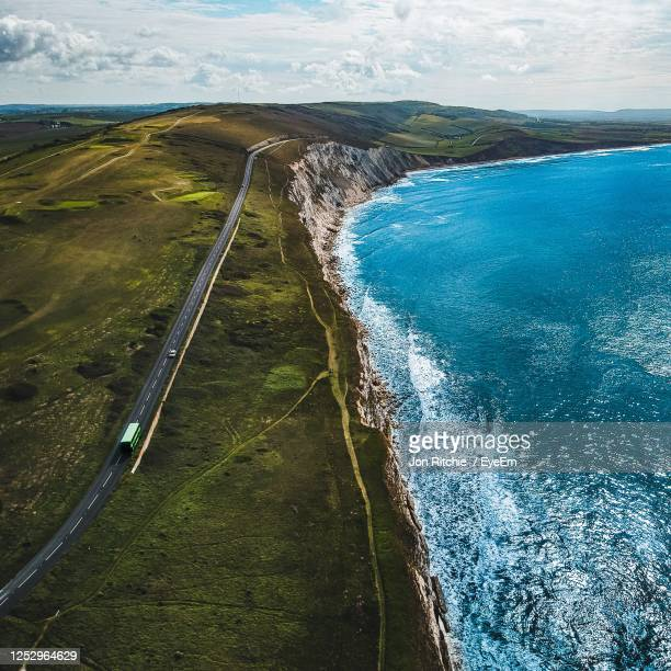 the military road, isle of wight - freshwater bay isle of wight stock pictures, royalty-free photos & images