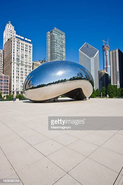 the millenium park - local landmark stock pictures, royalty-free photos & images