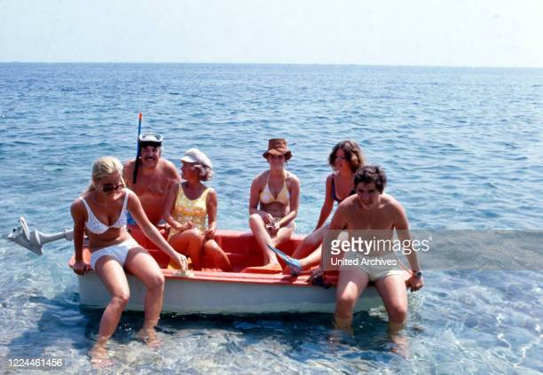 The Millowitsch family enjoying their summer vacation at Elba, Italy 1974.