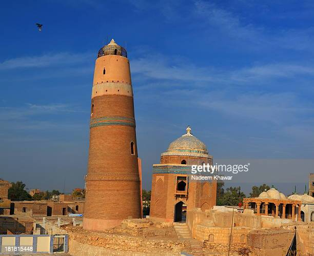 The minaret of Syed Nizam-ud-Din Mir Muhammad Masum Shah is the most conspicuous structure of Sukkur town, dating back to 1607 during the Mughal...
