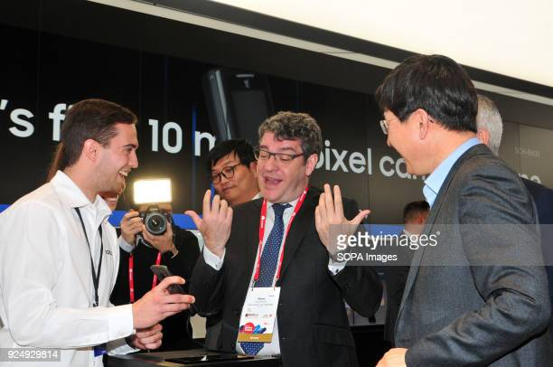 CATALONIA SPAIN The Minister of Tourism Energy and Digital Agenda Alvaro Nadal seen visiting the Mobile Word Congress while trying the brand new...