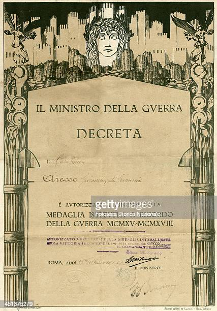 """The Minister of War decreed: """"The Carabineer Arecco Giovanni di Giovanni is authorized to bear the Medal established in memory of the War 1915-..."""
