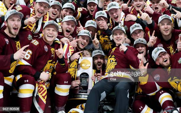 The MinnesotaDuluth Bulldogs celebrate after they won the championship game of the 2018 NCAA Division I Men's Hockey Championships on April 7 2018 at...