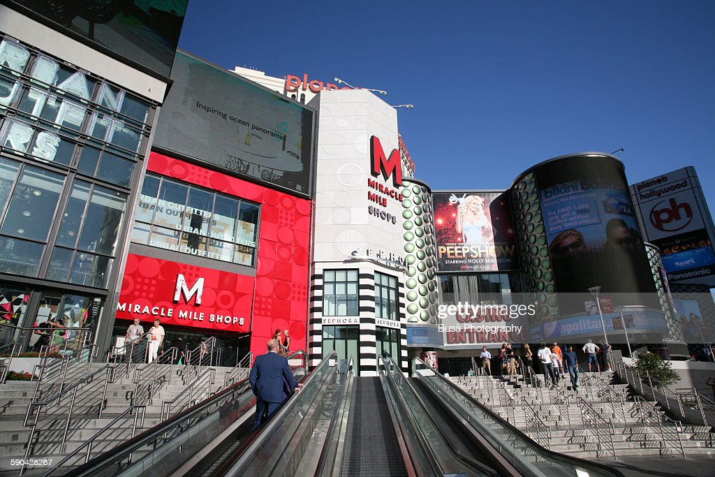 The Miracle Mile Shops Las Vegas Stock Photo - Getty Images