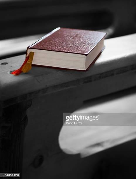 the mistery of faith - mistery foto e immagini stock
