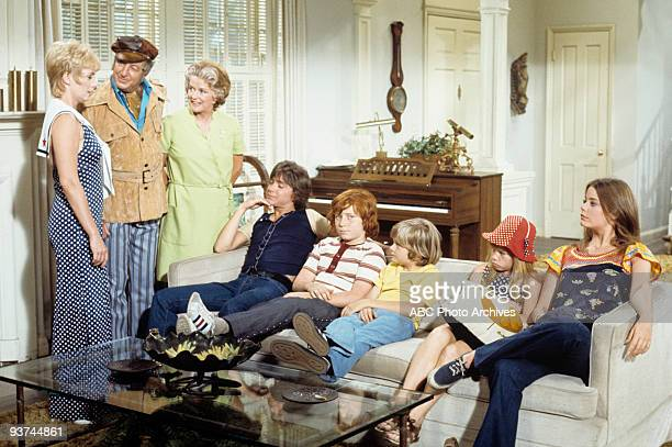 FAMILY The Mod Father 10/27/72 Shirley Jones Ray Bolger Rosemary DeCamp David Cassidy Danny Bonaduce Brian Forster Suzanne Crough Susan Dey