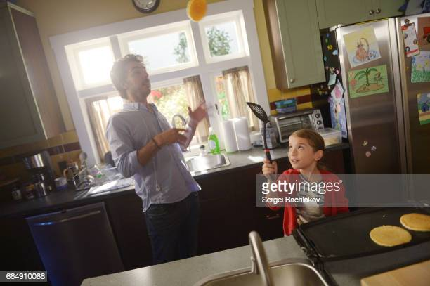 """The Mom Seal"""" SHAWN LEVY , ERICA TREMBLAY"""
