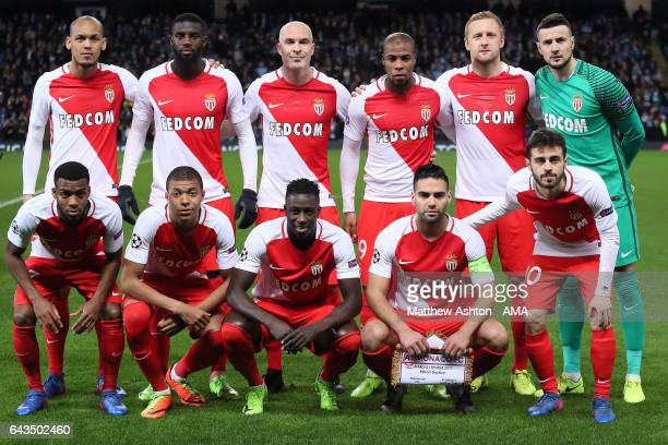 The Monaco players line up for a team photo prior to the UEFA Champions League Round of 16 first leg match between Manchester City FC and AS Monaco...