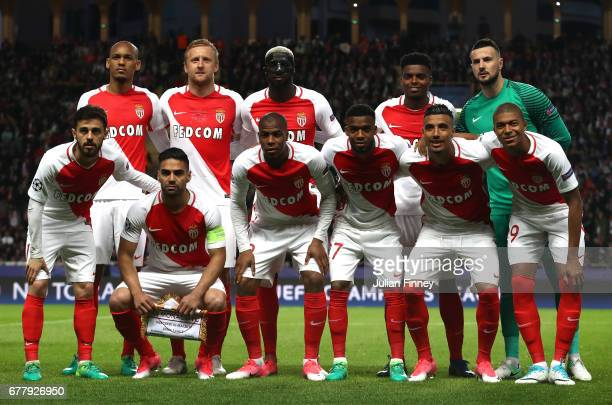 The Monaco squad line up for photos prior to the UEFA Champions League Semi Final first leg match between AS Monaco v Juventus at Stade Louis II on...
