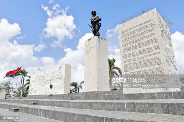 The monument of Ernesto Che Guevara is seen at the Plaza de la Revolucion on September 21 in Santa Clara Cuba The block to the right bears the...