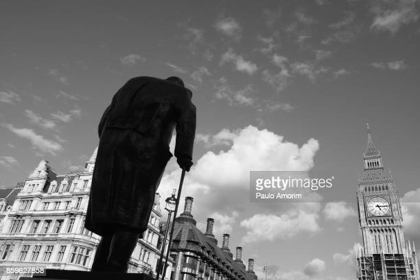 the monuments of westminster in london - prime minister stock pictures, royalty-free photos & images