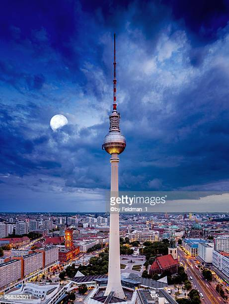 the moon over berlin - sony center berlin stock pictures, royalty-free photos & images