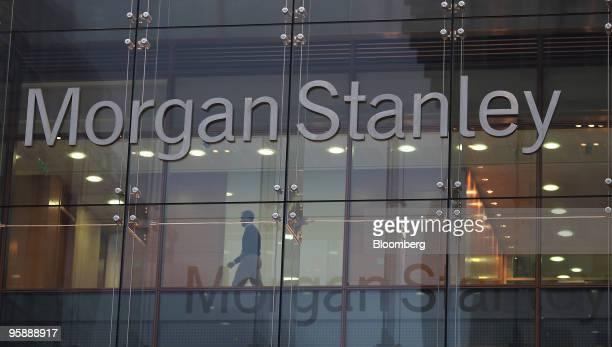 Morgan Stanley Sign Photos Et Images De Collection Getty