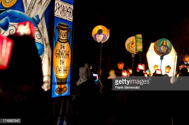 The 'Morgenstraich' is the begin of 'Basler Fasnet' at 4 am hundreds of colorful laterns get lighted and carried through the streets by many groups...
