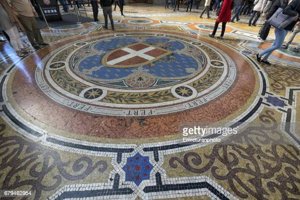 the mosaic floor of galleria vittorio emanuele 2,milan. - emreturanphoto stock pictures, royalty-free photos & images