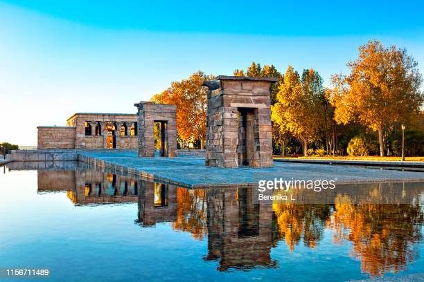 the most unusual attraction in madrid - the temple of debod. - madrid stock pictures, royalty-free photos & images