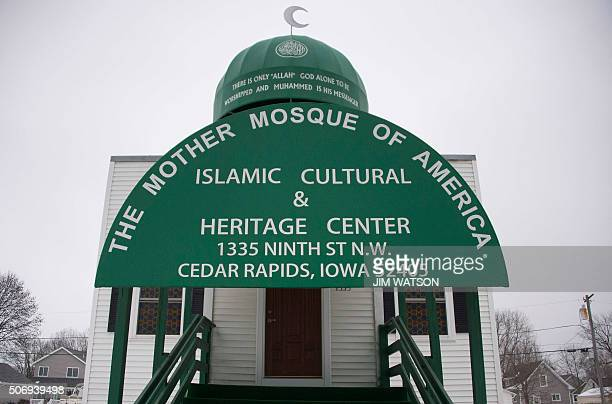 The Mother Mosque of America, the oldest mosque in the United States, is seen in Cedar Rapids, Iowa, January 24, 2016. / AFP / JIM WATSON