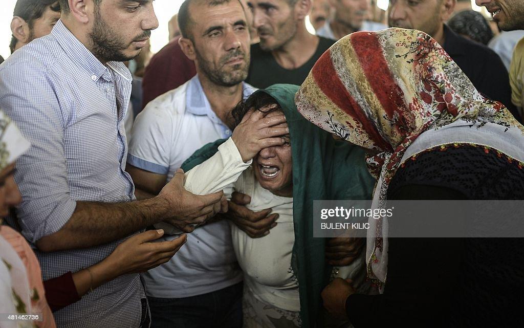 TURKEY-SYRIA-ATTACKS-FUNERAL : News Photo