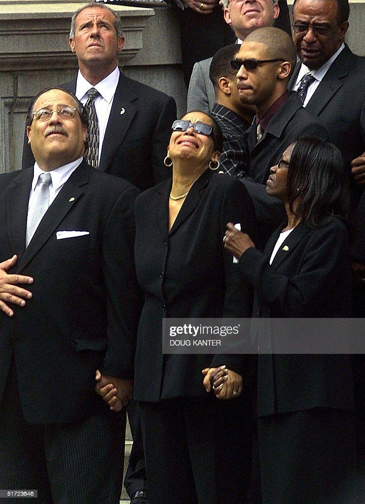 The mother of the late R&B star Aaliyah, Diane Hau : News Photo