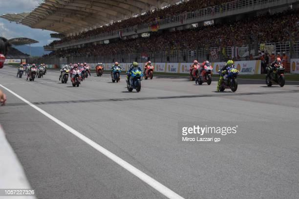 The MotoGP riders start during the MotoGP race during the MotoGP Of Malaysia - Race at Sepang Circuit on November 4, 2018 in Kuala Lumpur, Malaysia.