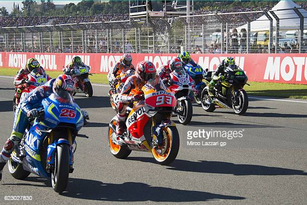The MotoGP riders start from the grid during the MotoGP race during the MotoGP of Valencia Race at Ricardo Tormo Circuit on November 13 2016 in...