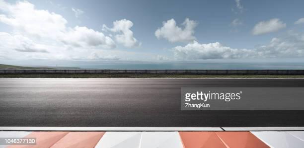 the motor racing tracks - pista sportiva foto e immagini stock