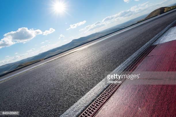 the motor racing tracks - サーキット場 ストックフォトと画像