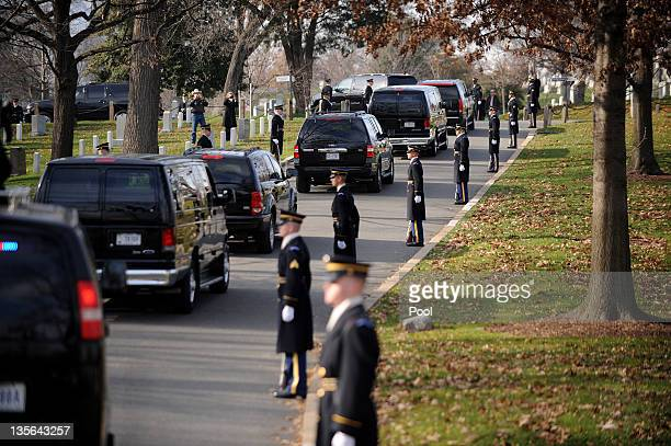 The motorcade carrying US President Barack Obama and Iraqi Prime Minister Nouri alMaliki makes its way to wreath laying ceremony at Arlington...
