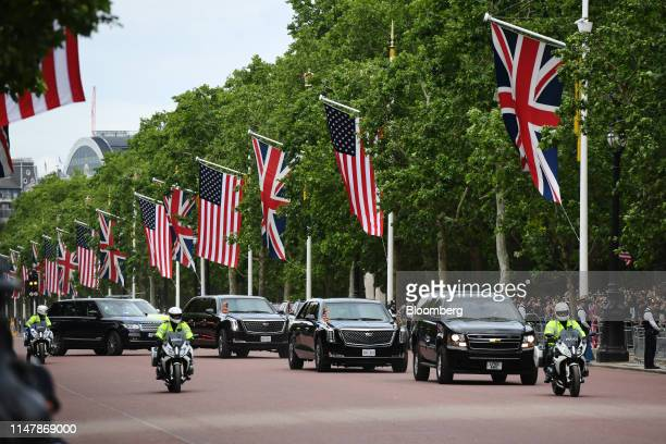 The motorcade of U.S. President Donald Trump and U.S. First Lady Melania Trump drives down the Mall in London, U.K., on Monday, June 3, 2019....