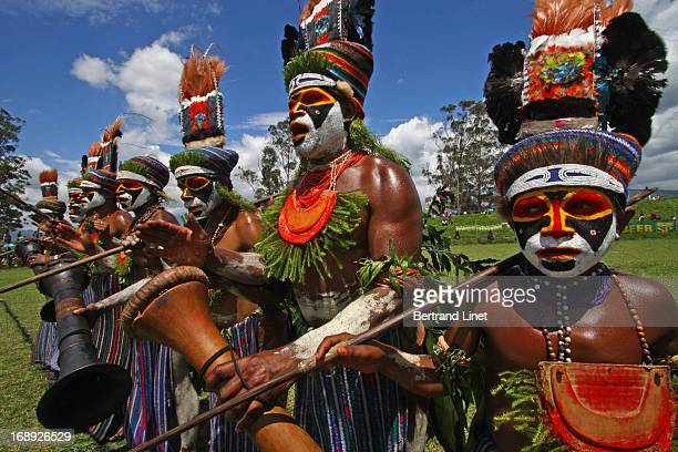 CONTENT] The Mount Hagen show is one of the two most important tribal gatherings in Papua New guinea More than 70 different tribes use to participate...