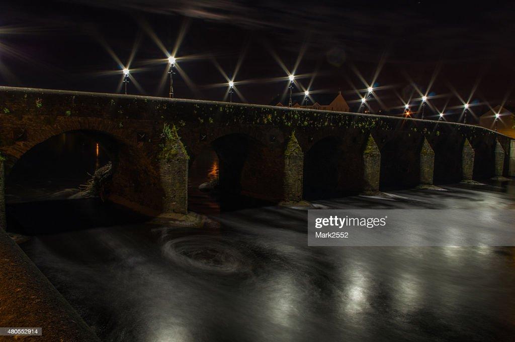 El puente Mourne : Foto de stock