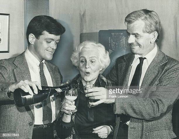 The mousetrap James Leahy pours champagne for Rita Tuckett and Garnet Truax after their 1000th performance