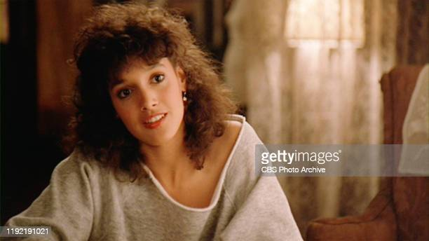 The movie Flashdance directed by Adrian Lyne Seen here Jennifer Beals as Alex Owens Initial theatrical release April 15 1983 Screen capture Paramount...