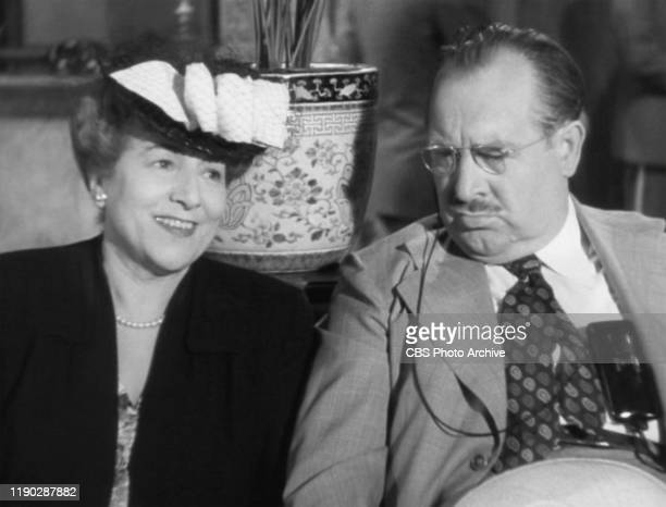 The movie The Lost Weekend directed by Billy Wilder based on the novel by Charles R Jackson Seen here from left Lillian Fontaine as Mrs Charles St...