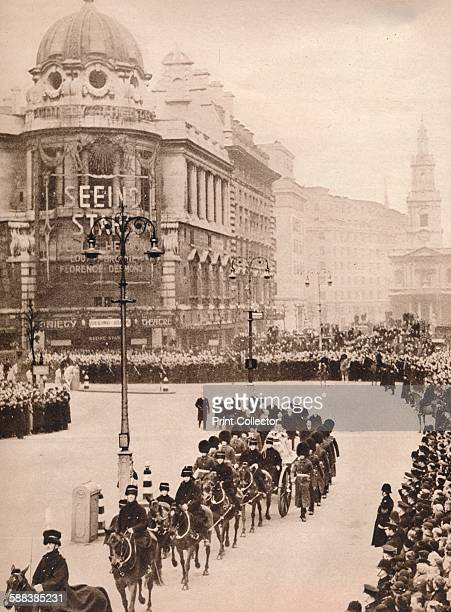 The moving simplicity of King George's last journey through London to Westminster Hall for the LyingInState The brief procession as it passed from...