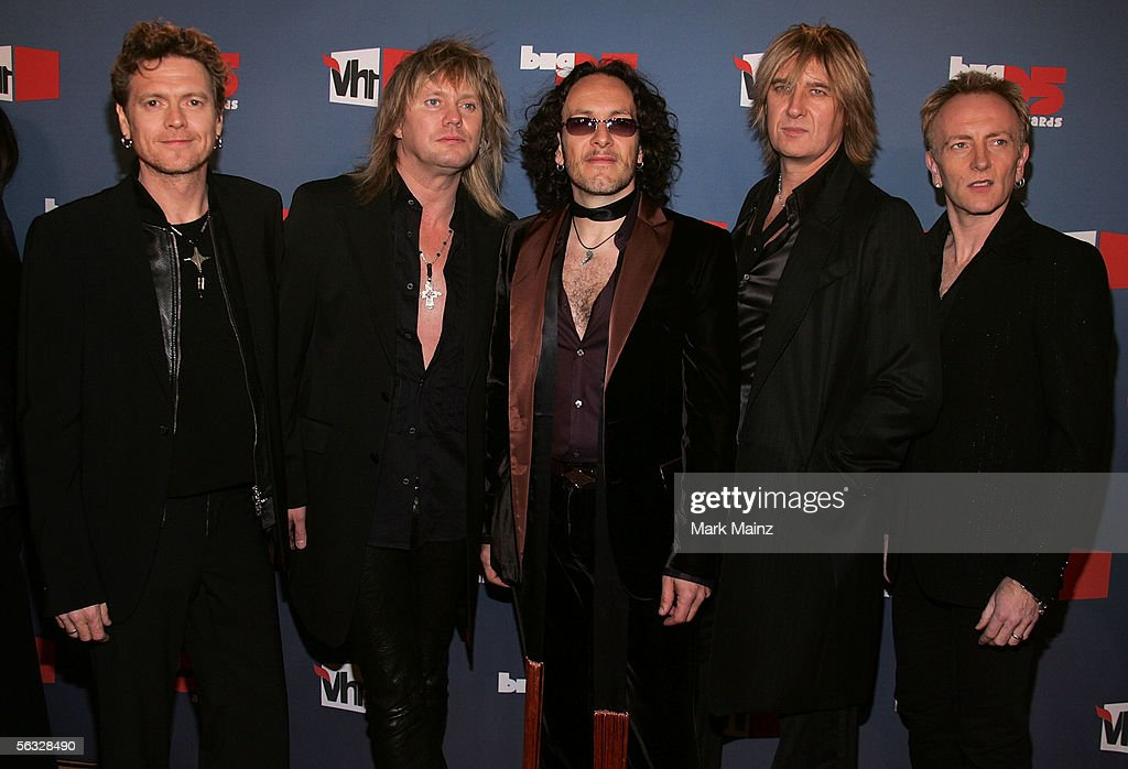 VH1 Big In '05 Awards - Arrivals : News Photo