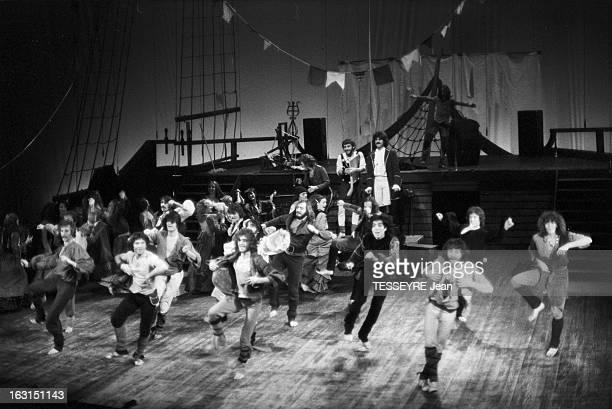 The Musical Mayflower. En novembre 1975, l¿approche du bicentenaire de l'indépendance des Etats-Unis a inspiré la comédie musicale 'MAYFLOWER',...