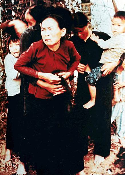 Fotoalbum OTD - Mar 16 1968 - The My Lai Massacre Hundreds ...