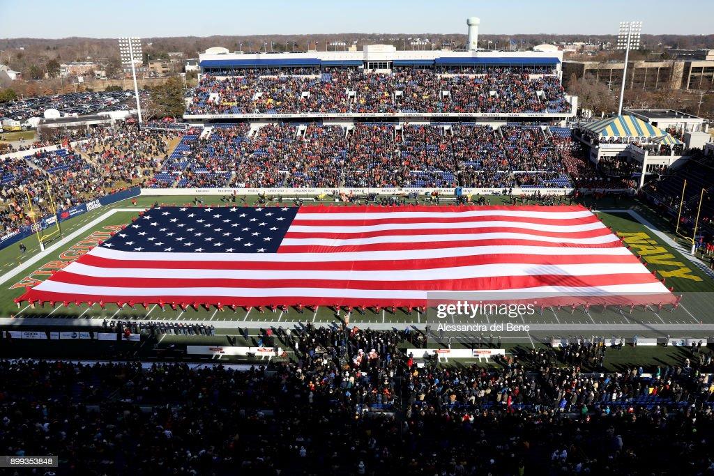 Military Bowl - Virginia v Navy : News Photo