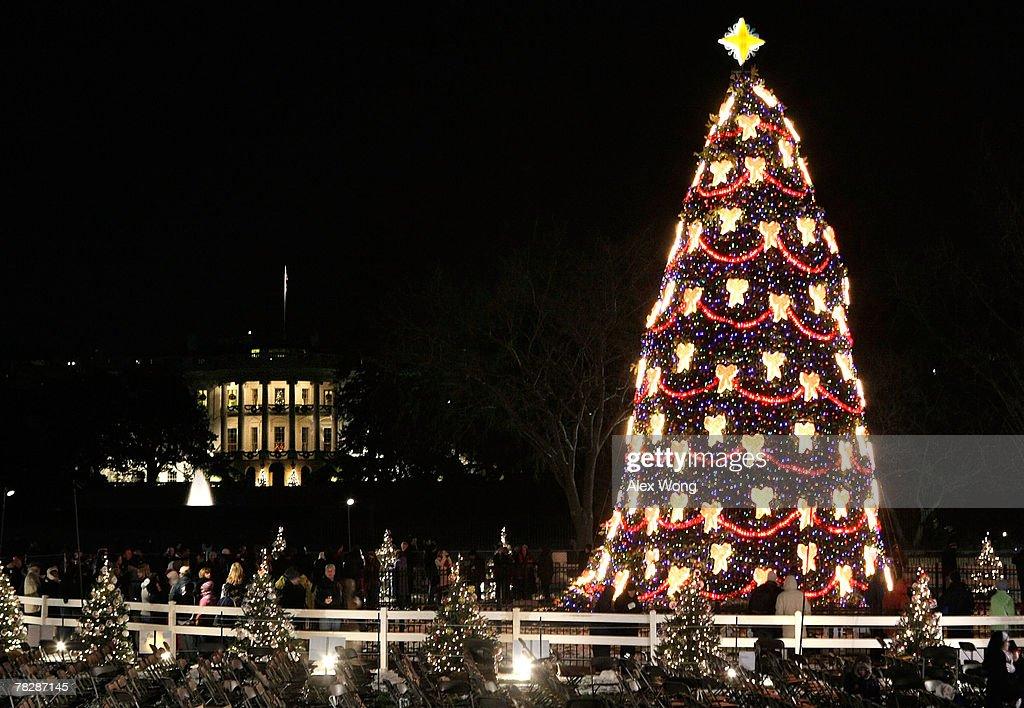 President And Mrs. Bush Attend National Christmas Tree Lighting : News Photo