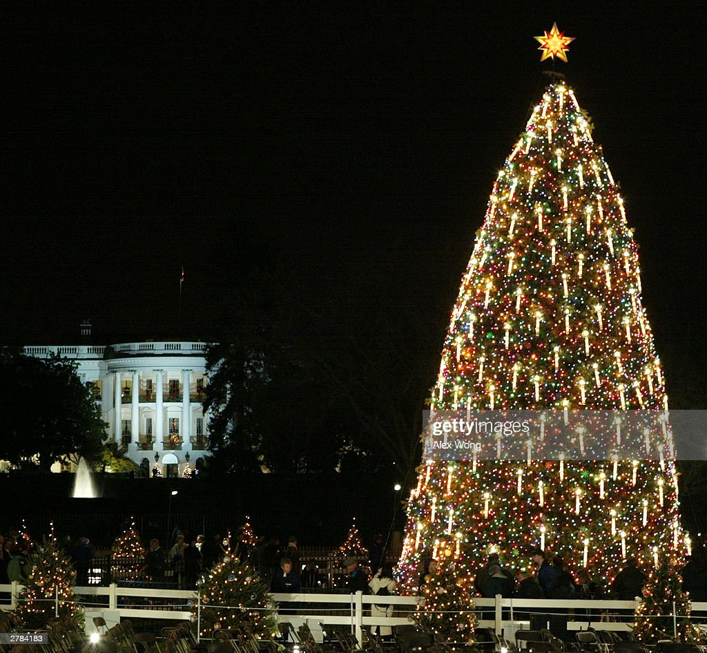 President Bush Opens 8th Annual Christmas Pageant Of Peace : News Photo
