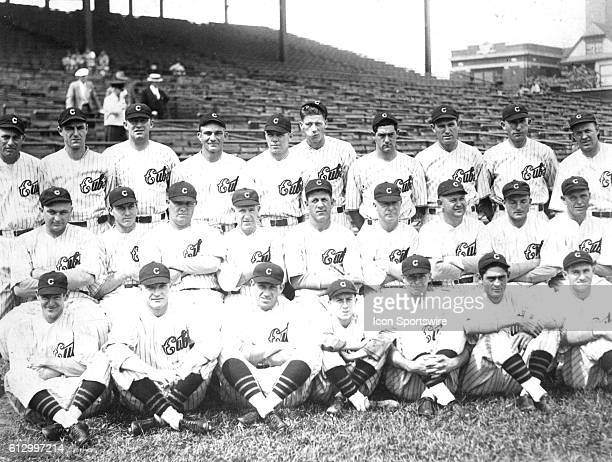 The National League Champion Chicago Cubs baseball club poses for a team photograph in Wrigley Field in 1932 in Chicago Illinois Hall of Famers in...