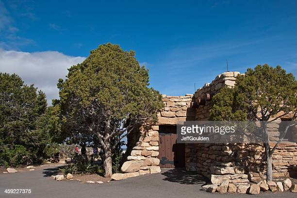 group of people standing outside geology museum at yavapai point - geology stock pictures, royalty-free photos & images