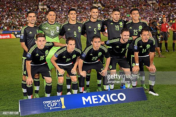 The national soccer team of Mexico poses before the 2017 FIFA Confederations Cup Qualifier at Rose Bowl on October 10 2015 in Pasadena California