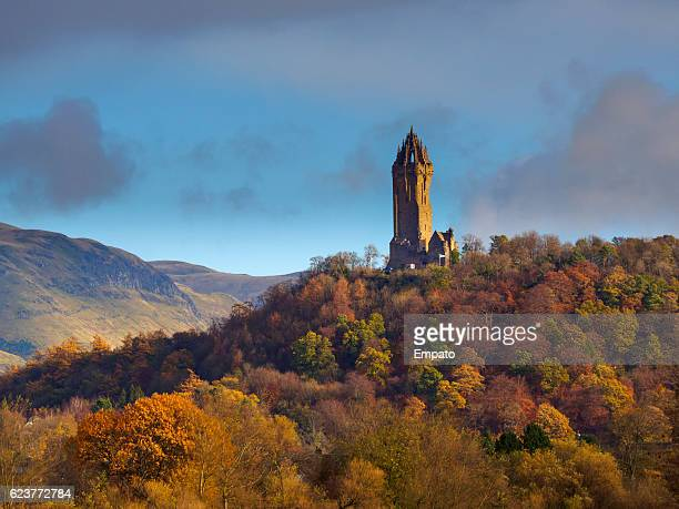 the national wallace monument, stirling, scotland. - stirling stock pictures, royalty-free photos & images